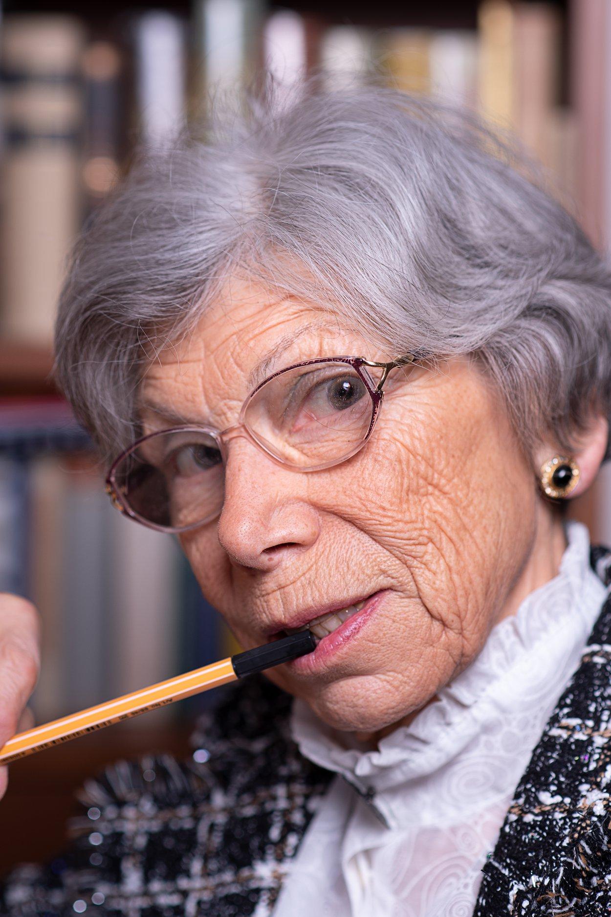 äletere Dame Portrait